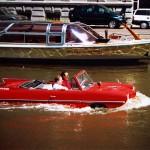 amsterdam barca auto rossa