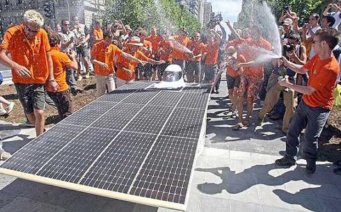Auto olandese ad Energia Solare