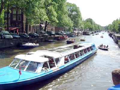 I battelli di Amsterdam in escursione