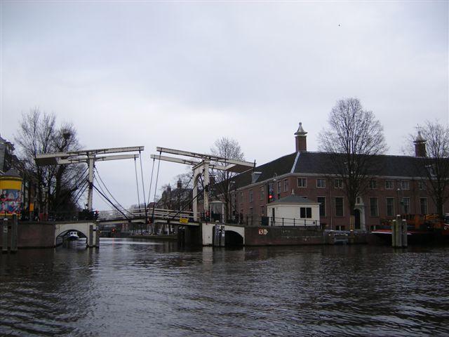 amsterdam ponte aperto