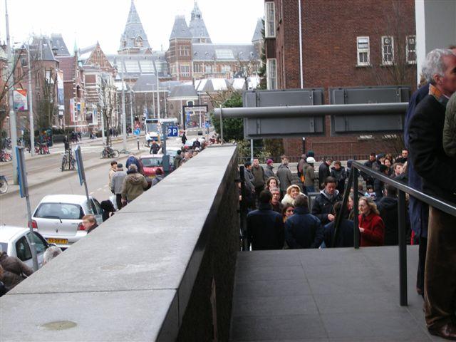 amsterdam van gogh museum fila