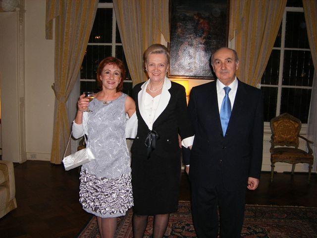 Un saluto all'Ambasciatore italiano Gaetano Cortese
